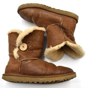 UGG Bailey Women's Boot in Chestnut Brown Size 9